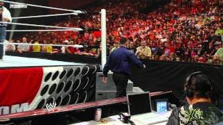 Raw: Vickie Guerrero meets Michael Cole in a dance