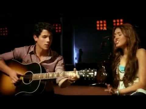Baixar Send It on - Miley Cyrus, Jonas Brothers, Demi Lovato, Selena Gomez
