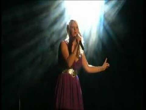 Hurt (Christina Aguilera) - Keira Dodd