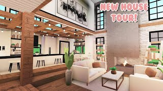 My NEW House TOUR In Bloxburg! (Roblox)
