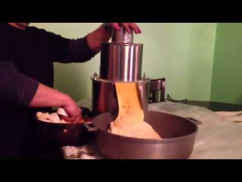 pasteles grinder machine