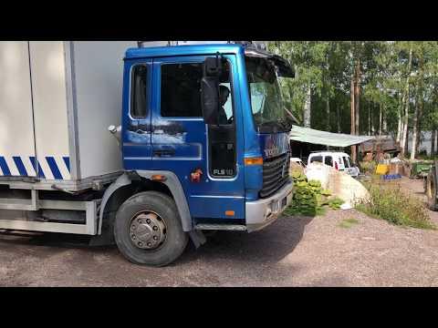Köp Lastbil med verkstadsinredning på Klaravik
