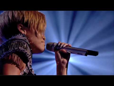 Rihanna - Take A Bow (Laughing at Chris Brown!) Live in London - HD 720p
