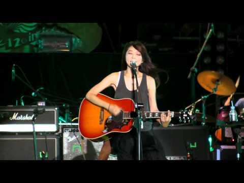 陳綺貞6 吉他手(1080p中文字幕)@2011新北市貢寮國際海洋音樂祭