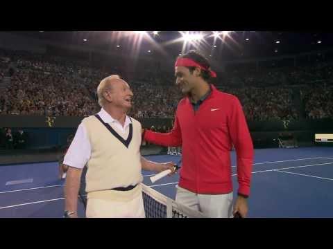 Роџер Федерер и Род Лејвер - легендарно загревање