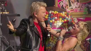 Billy Idol & Miley Cyrus perform at Super Bowl LV