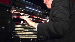 The World's Best Organ Player