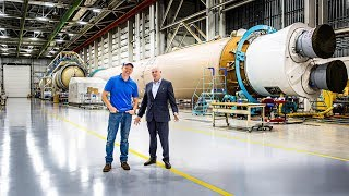 Tory Bruno talks about Rocket Engines and ULA's Business philosophy - Smarter Every Day