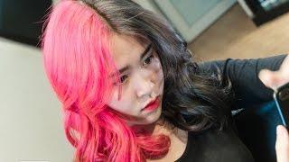 Sốt xình xịch với kiểu tóc nhuộm 2 bên nửa hồng nửa khói kì ảo và cá tính