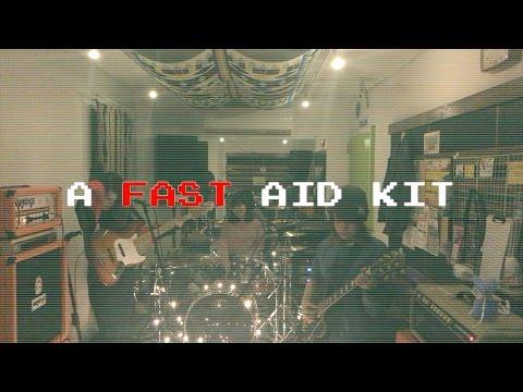 忙しすぎる人のための【A FAST AID KIT】