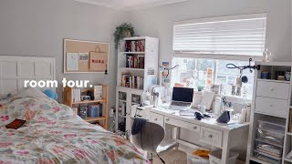 2020 room tour (book recs, art supplies, and stationery of course)