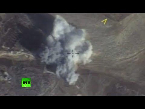 Минобороны России опубликовало видео ударов ВКС по боевикам в окрестностях Идлиба