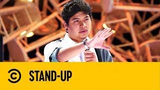 Está Difícil Lavarse los Dientes con Canesten   Gian Arenas   Stand Up   Comedy Central México