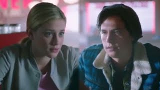 Cole Sprouse and Lili Reinhart REACT to Bughead Breakup on Riverdale