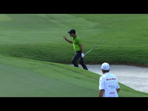 Paul Casey's wild bunker ride at the TOUR Championship