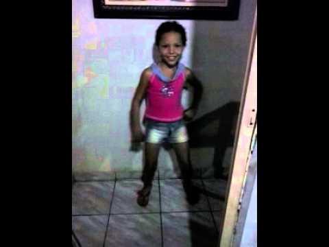 Baixar Paulinha dançando Amor de Chocolate - Naldo