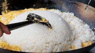 Thai Street Food - GIANT EGG FRIED RICE Bangkok Seafood Thailand