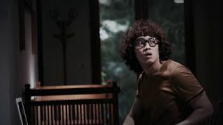 Kesurupan Jumat Kliwon Official Trailer #1