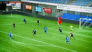 Văn Hậu tự tin chỉ huy hàng phòng ngự , giúp Jong Heerenveen hạ gục Jong Zwolle lên ngôi đầu bảng