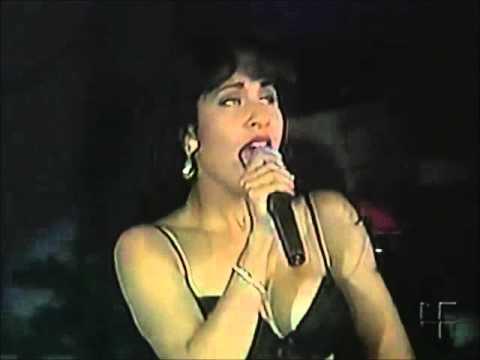 selena en show furia musical ( COMPLETO )