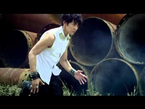 汪東城 Jiro Wang [你在等什麼 What Are You Waiting For] Official Music Video