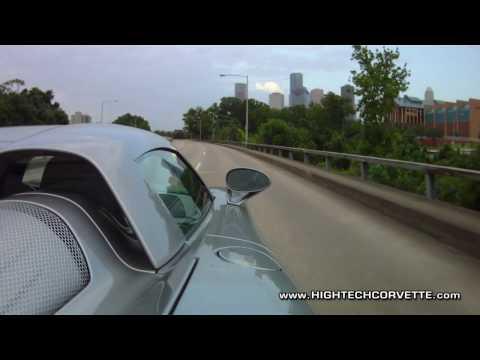 Porsche Carrera GT hauling ass on the street