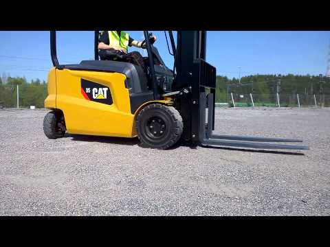 Dual Drive - Cat® 80V Electric Lift Truck - 2.5 - 3.5 Tonnes