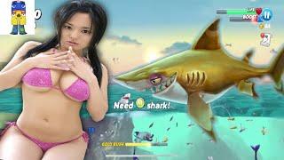 HUNGRY SHARK WORLD EATS YOU ALIVE
