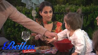 Nikki's family dinner party! | Total Bellas Exclusive