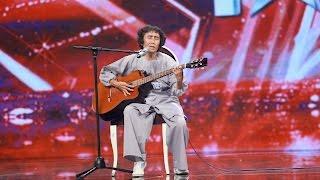 """Vietnam's Got Talent 2016 - TẬP 04 - Riêng một góc trời - TS """"bình tĩnh sống"""" Nguyễn Thanh Thúy"""