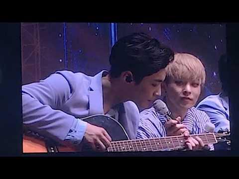 160731 the EXO'rDIUM acoustic medley 어쿠스틱 메들리 전광판