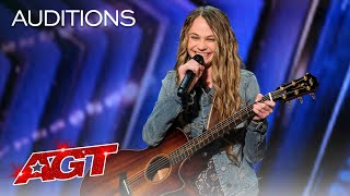 Teenager Kenadi Dodds Impresses Judges with an Original Country Song - America's Got Talent 2020