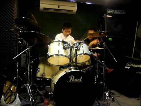 Ching be a drummer 2 (五月天 一千個世紀)