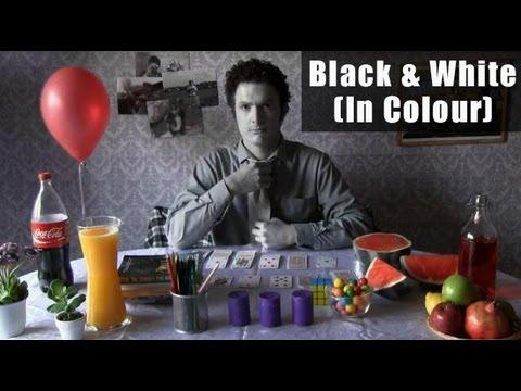 Czarno-biały film w kolorze
