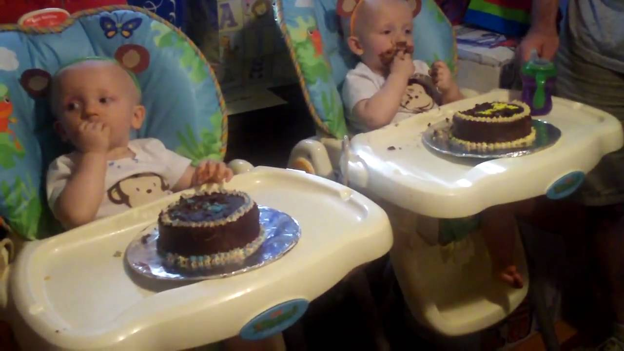 Twins Eating First Birthday Cake Youtube