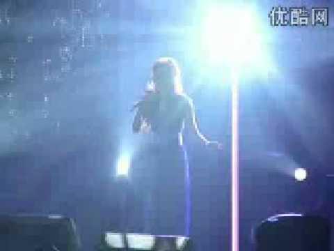 Jane Zhang (张靓颖) - Right Here Waiting
