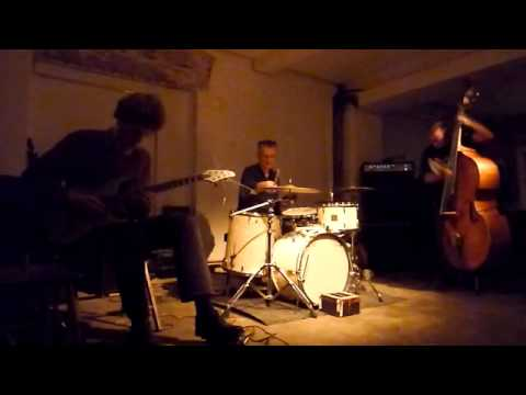 NEW (Noble,Edwards,Ward) @ Cafe Oto 19.1.11 online metal music video by STEVE NOBLE