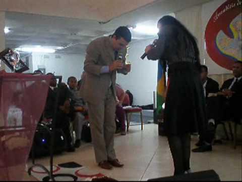Jackson e Talita na Europa - Betel