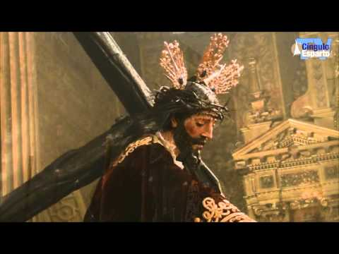 Besamanos del Santísimo Cristo con la Cruz al Hombro del Valle
