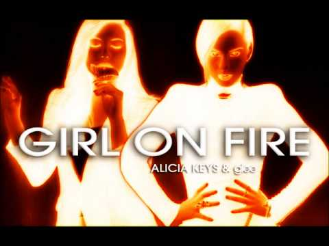 Baixar Girl On Fire - Alicia Keys & Glee (Santana)