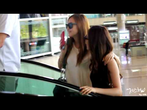 120803 Jessica @ Gimpo Airport