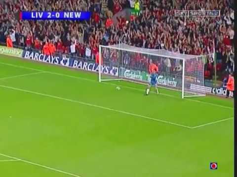 Bàn thắng từ giữa sân để đời của Xabi Alonso
