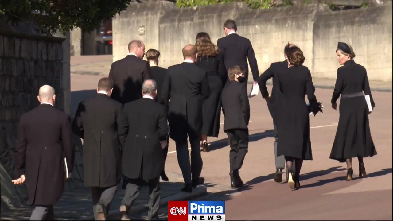 Harry a William šli po pohřbu prince Philipa vedle sebe