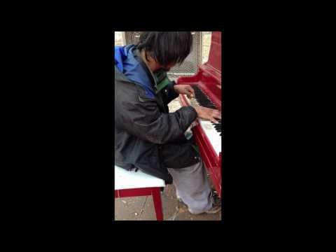 (감동)세계를 감동시킨 노숙자의 피아노 연주
