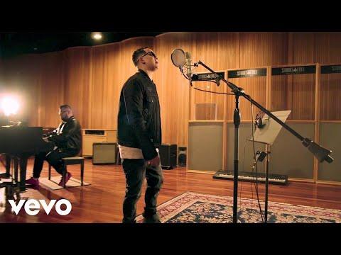 J Alvarez - Motivame | [Official Music Video]