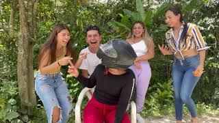 El Casco😂🤦🏻♂️ (suscribite) #humor #colombia