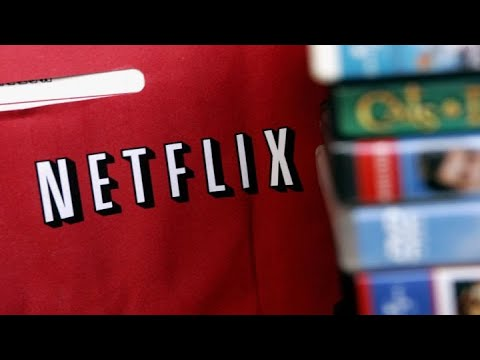 Here's the bull and bear case for Netflix
