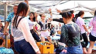 Tết Lào 2018: Bỏng Mắt Vì Hot Girl Lào Nhảy Sexy   Hương Sơn Green