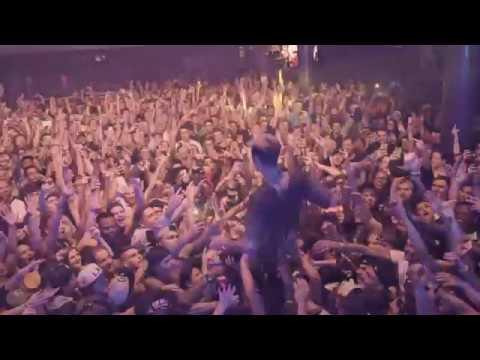 Machine Gun Kelly - Young Man (Live)