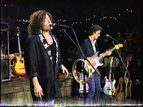 Roseanne Cash-Runaway Train